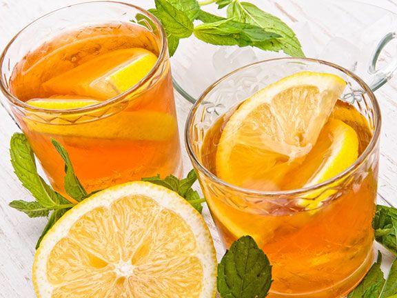 Zitrone im Tee
