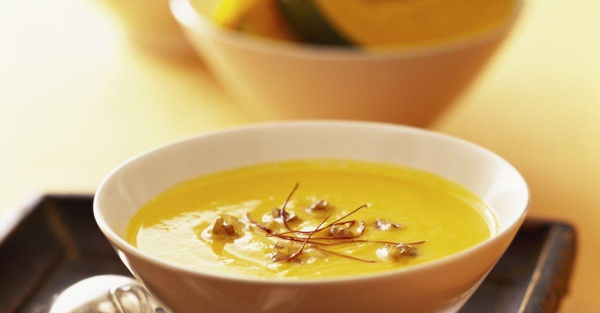 ingwer k rbis suppe mit chilif den rezept eat smarter. Black Bedroom Furniture Sets. Home Design Ideas