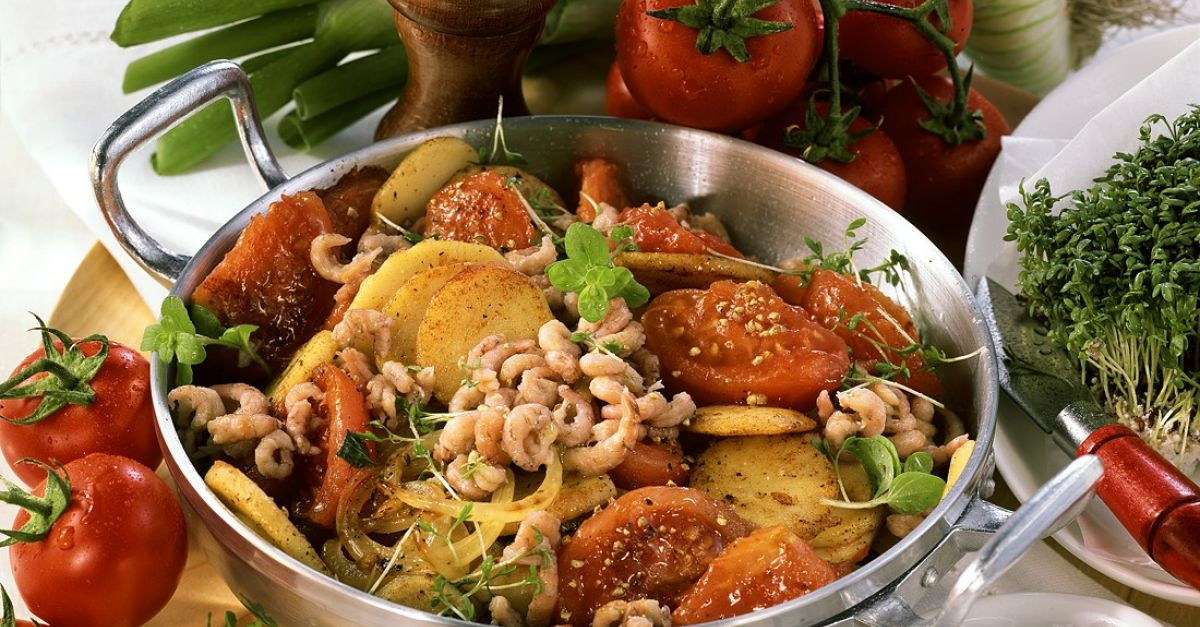 kartoffelpfanne mit tomaten krabben und kresse rezept eat smarter. Black Bedroom Furniture Sets. Home Design Ideas