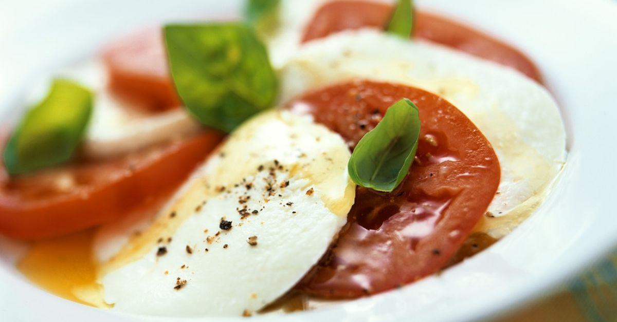tomate mozzarella rezept eat smarter. Black Bedroom Furniture Sets. Home Design Ideas