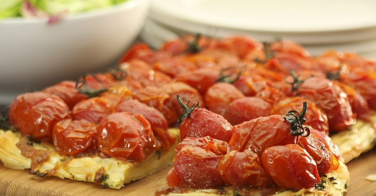 tomaten tarte tatin rezept eat smarter. Black Bedroom Furniture Sets. Home Design Ideas