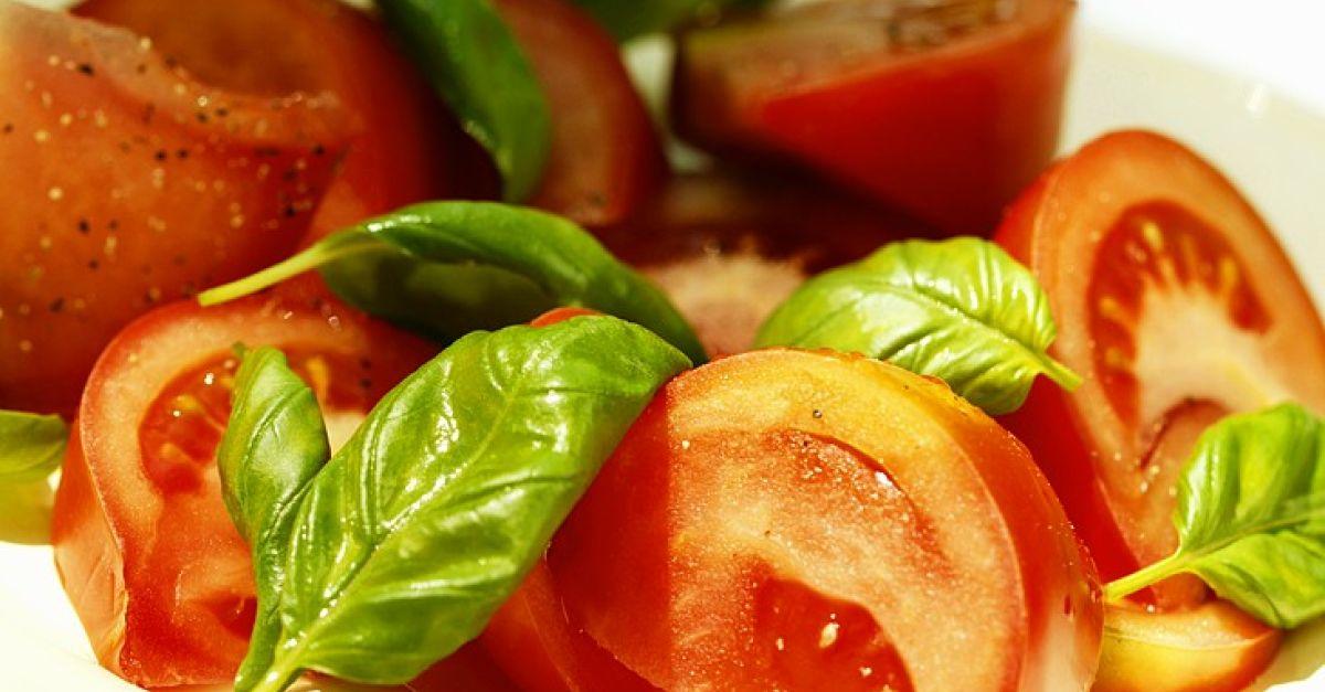 tomaten und basilikum rezept eat smarter. Black Bedroom Furniture Sets. Home Design Ideas