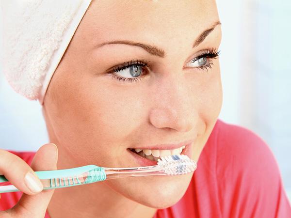 Mundgeruch Zähneputzen
