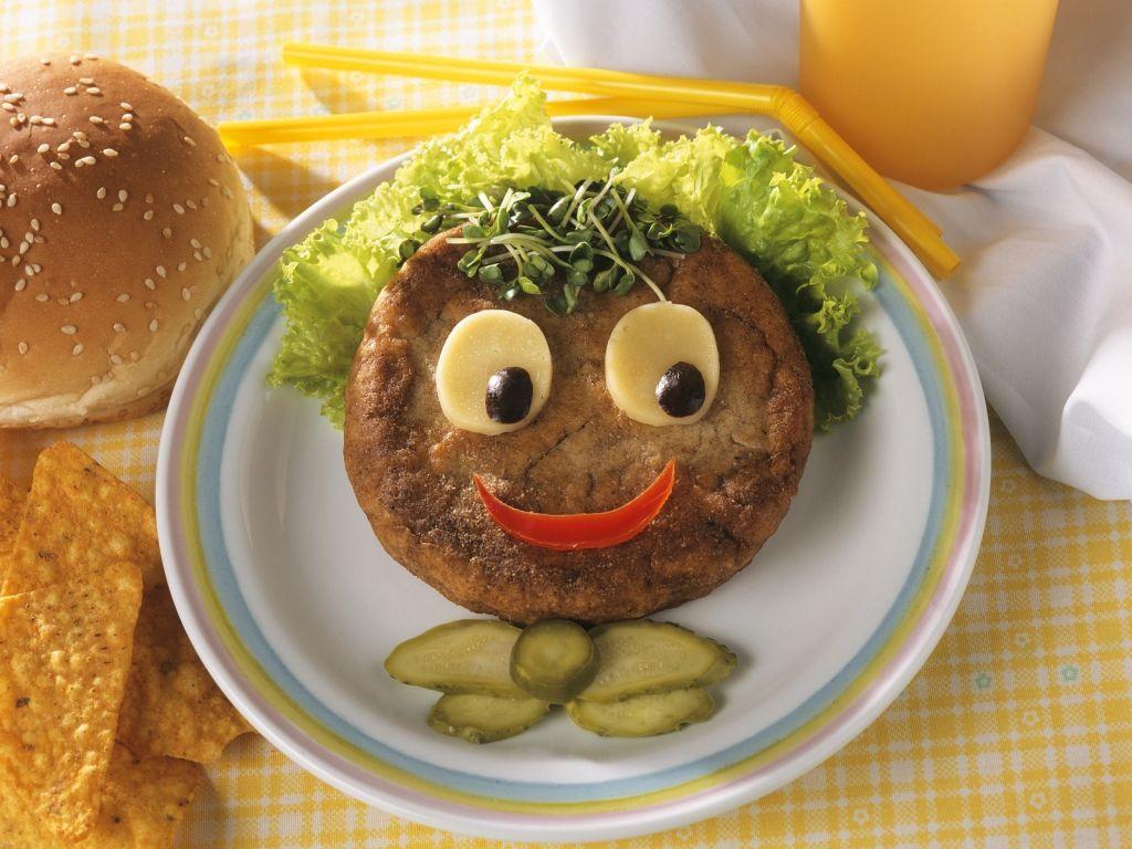 lustiger kinder hamburger rezept eat smarter. Black Bedroom Furniture Sets. Home Design Ideas