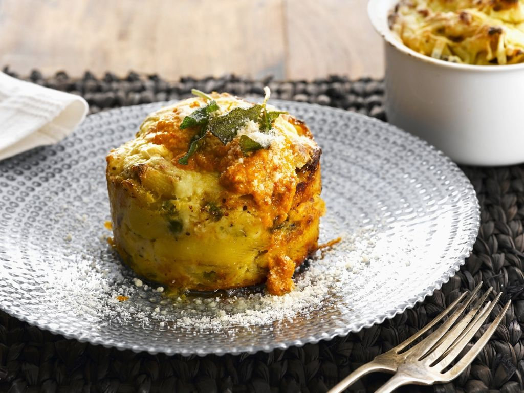 nudelgratin mit butternut k rbis rezept eat smarter. Black Bedroom Furniture Sets. Home Design Ideas