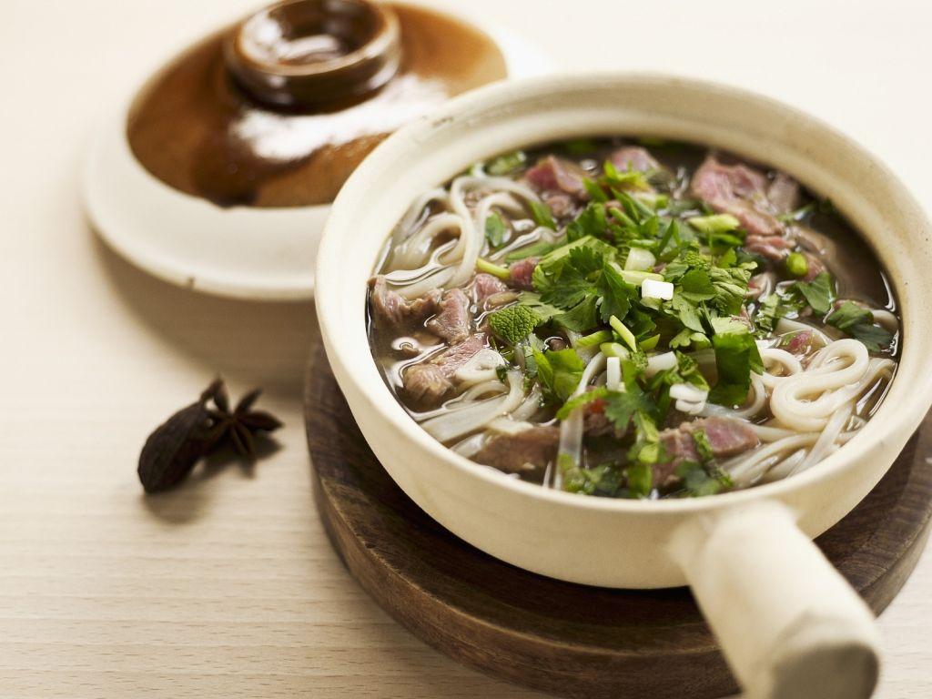 nudelsuppe auf vietnamesische art rezept eat smarter