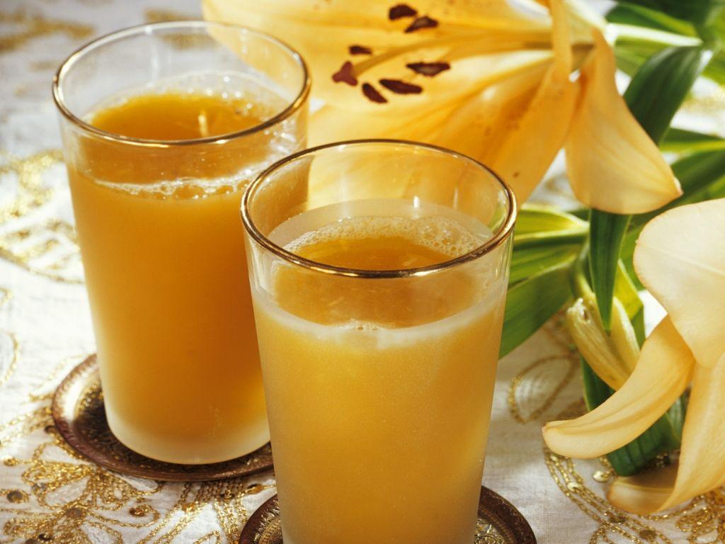 orangensaft mit lilienbl ten aus indien rezept eat smarter. Black Bedroom Furniture Sets. Home Design Ideas
