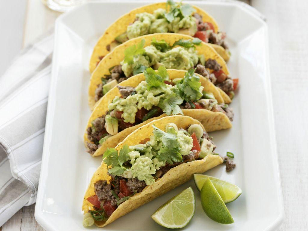 Rinder-Tacos mit Guacamole - Würzig und frisch: beliebter ...