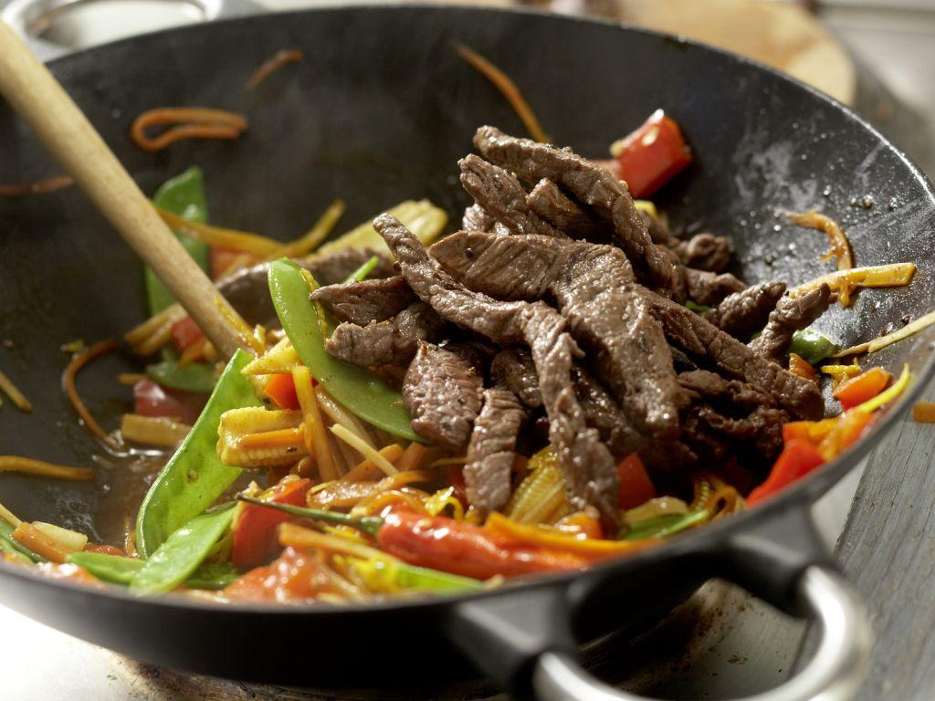 rindfleisch aus dem wok rezept eat smarter. Black Bedroom Furniture Sets. Home Design Ideas