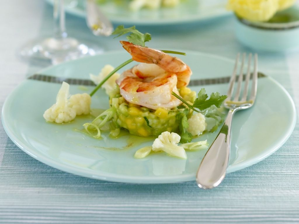 shrimps mit mango avocado salat rezept eat smarter. Black Bedroom Furniture Sets. Home Design Ideas
