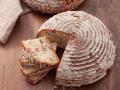 Brot mit Granatapfel- und Granatapfelkernen Rezept