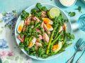 Brunnenkressesalat mit Spargel, pochiertem Lachs und Eiern Rezept