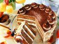 Cremige Kaffee-Cognac-Torte Rezept