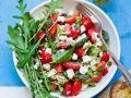 Erdbeer-Spargel-Salat mit Feta und Pinienkernen Rezept