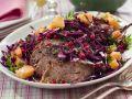 Falscher Hase mit Rotkrautsalat Rezept