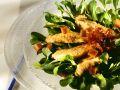 Feldsalat mit gebratenen Hähnchenstreifen Rezept