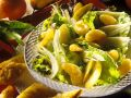 Fruchtiger Kopfsalat mit Käsetoast Rezept