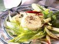 Gebackene Ziegenkäsetaler mit Salat Rezept