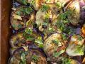 Gebratene Auberginenscheiben mit Knoblauch und Kräutern Rezept