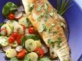 Gebratene Forelle mit buntem Kartoffelsalat Rezept