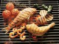 Gegrillte Meeresfrüchte, Hähnchen und Gemüse Rezept