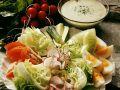 Gemischter Salat mit Sahnedressing Rezept