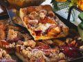 Hefe-Streuselkuchen mit Nektarinen Rezept