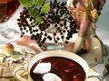 Holunderbeersuppe mit Schneenocken Rezept
