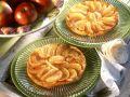 Kleine Apfel-Karamell-Kuchen (Tarte Tatin) Rezept