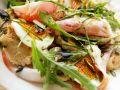 Knödelsalat mit Schinken, Ei und Rucola Rezept