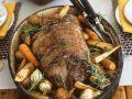 Lammrollbraten mit Rosmarin und Suppengemüse Rezept