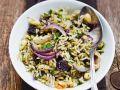 Linsen-Reis mit Datteln und Zwiebeln Rezept