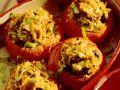 Mit Reis gefüllte gebackene Tomaten Rezept