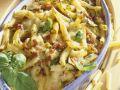 Nudel-Zucchini-Gratin mit Schinken Rezept