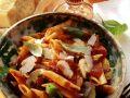 Nudeln mit Pilzen und Tomatensauce Rezept