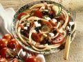 Nudelsalat mit Oliven, Schafskäse und Tomaten Rezept
