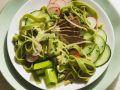 Nudelsalat mit Rindfleisch und Gemüse Rezept
