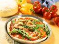 Pizza mit Schinken Rezept