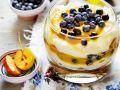 Quarkdessert mit Früchten Rezept