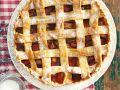 Tarte mit Erdbeeren und Rhabarber Rezept