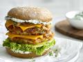 Veganer Rösti-Cheeseburger mit Kräuterquark Rezept