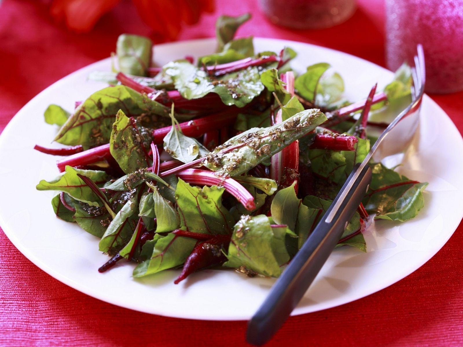 rote beete blätter essen