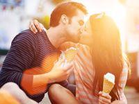 Fünf kuriose Fakten übers Küssen