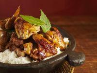 Adobo: Huhn und Schwein mit Reis (Philippinisches Nationalgericht) Rezept