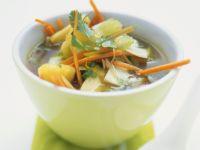 Ananas-Gemüsesuppe aus Asien Rezept