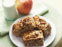 Apfel-Haferflocken-Kuchen mit Nüssen Rezept