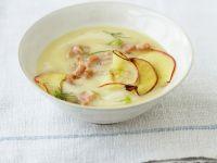 Apfel-Kartoffelsuppe mit Krabben Rezept