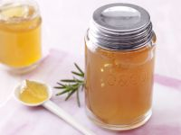 Apfel-Rosmarin-Gelee mit Vanille