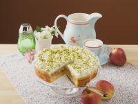 Apfelkuchen mit Sahne und Pistazien Rezept