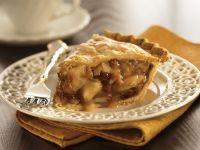Apfelkuchen mit Walnüssen und Rosinen Rezept